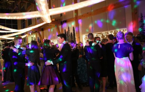 Students Warm up at Winter Formal