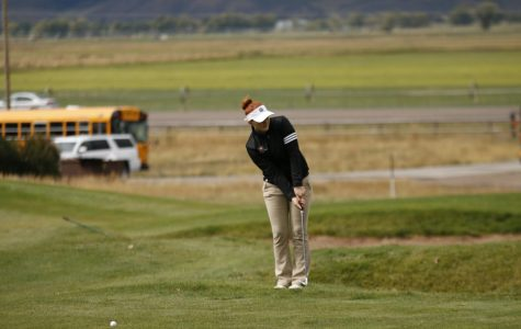 Golfers Wrap up Season at Home