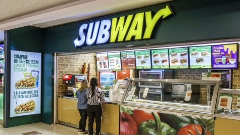 EAT FRESH: Many kids take time to get a sandwich of their choice for their lunch at Subway for lunch.