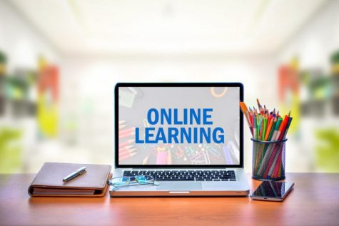 Students Blending Online, F2F Learning Getting Best of Both Worlds