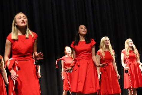 Christmas Choir Concert Broadcast Spreads Holiday Cheer