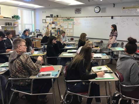 "Students work hard in Mrs. Williams math class at the end of the first week of the second semester.  This semester there are two more weeks of school than the first semester. ""My plan is to try hard to get all my assignments turned in on time,"" said junior Braylee Parker."